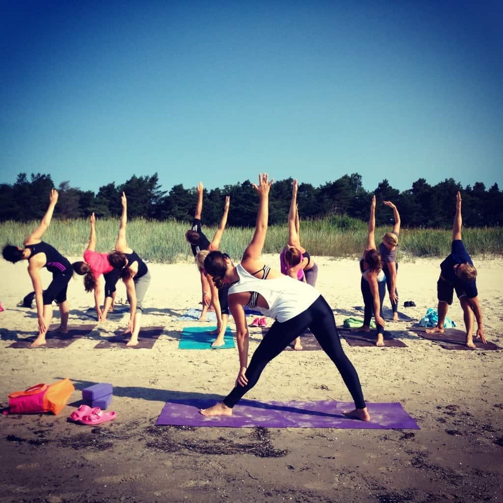 Yoga på Gotland. Foto: Martina Cederquist