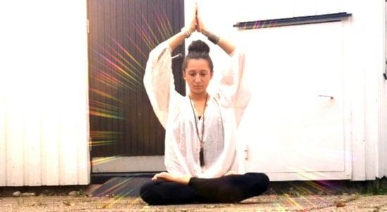 Martina delar med sig av sina tips för en yogisk livsstil