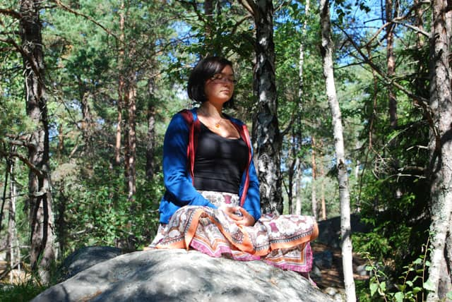 Yoga vid sjalvskadebeteende - Mandella Bjerking-Raeder. Foto: Tomas Nilsson