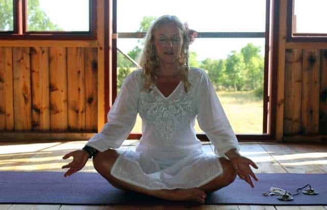 Lou Åberg har kurser och retreats för kvinnor.