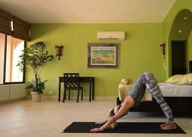 5 min morgonyoga med Yoga Girl