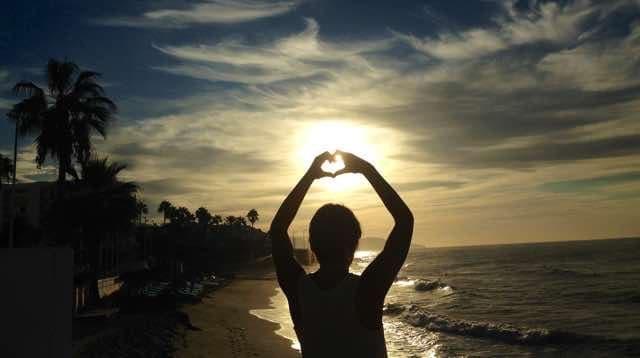 Yoga-stranden-nerja