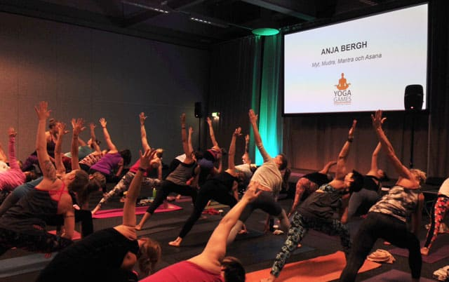 Yoga med Anja Bergh på Yoga Games.