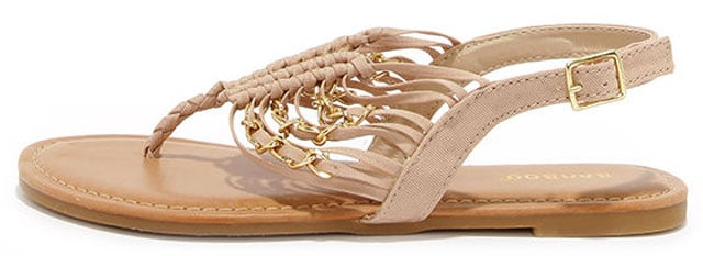 Chains Encounter Natural and Gold Thong Sandals, $23 på lulus.com