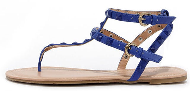 Rock Star Stunner Cobalt Studded Thong Sandals, $21 på lulus.com